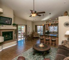 Beautiful Lake Havasu City Home living room